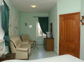 Hotel photo: Triple Room Trogir 2979c