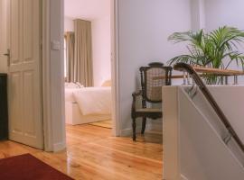Hotelfotos: Siglas & Runas