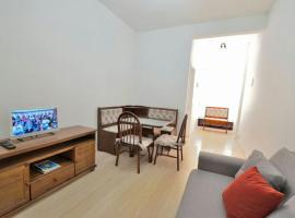 Hotel Foto: Real Apartments 266 - Apartamento com 2 quartos, completo e equipado, Rua Belfort Roxo
