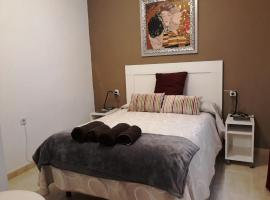 A picture of the hotel: Apartamento Centro. Estación Free Parking