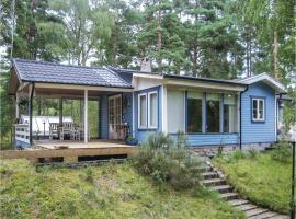 Hotel photo: Two-Bedroom Holiday Home in Yngsjo