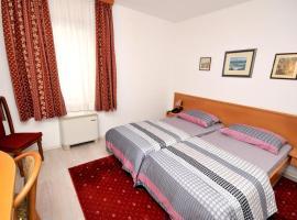 Hotel photo: Twin Room Trogir 15155c