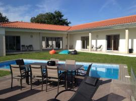A picture of the hotel: Villa Piscine Portugal