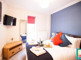 Фотография гостиницы: City Centre Luxury Apartment 1