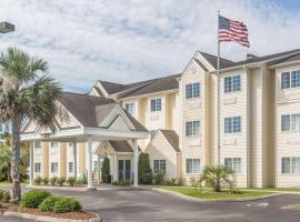 Hotel Foto: Microtel Inn & Suites by Wyndham Carolina Beach