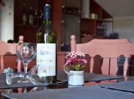 Hotel photo: Apartman EXCLUZIV