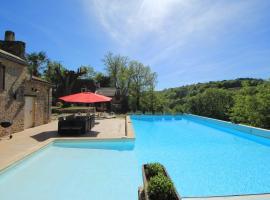 Hotel photo: Maison Lou Peyrol avec piscine privée