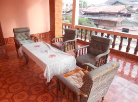 A picture of the hotel: Khamphone Guesthouse