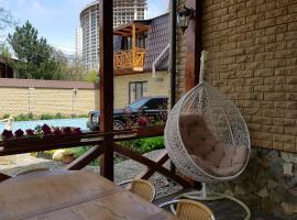 Hotel photo: Guest house on Kompasnyi