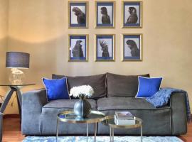 Hotel photo: Luxury City Center Apartment - Milan