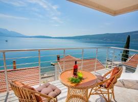 Hotel near Muntenegru