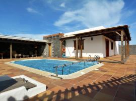 Фотографія готелю: Villa Reguera deluxe