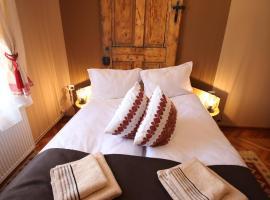 Hotel photo: Casa Cu Usi