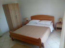 Hotel photo: Apartment Jelsa 13513a