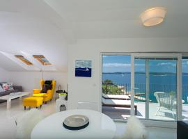 Hotel Photo: Blue Bay Residence