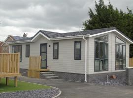 Hotel Photo: Hyattswood Lodges. Nr Brs/airport
