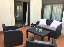 Fotos de Hotel: Apto con terraza en pleno centro de Alicante