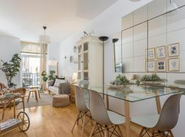 Hotel photo: Cozy two bedrooms apartment at Sol, Madrid city centre. Brand new