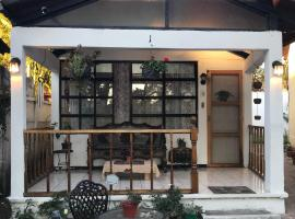 Hotel photo: Villas Jabel Tinamit Suite 1
