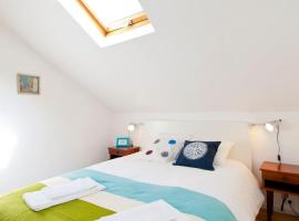 Hotel kuvat: Glaring Tailor Made 2 Bedroom Apartment