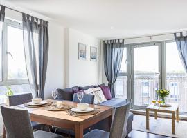 Hotel photo: Excl. apartment 2 mins walk to Excel up to 6