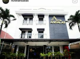 A picture of the hotel: Andalas
