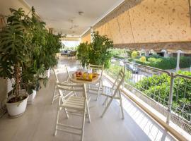 酒店照片: Family Holidays Apartment in Glyfada