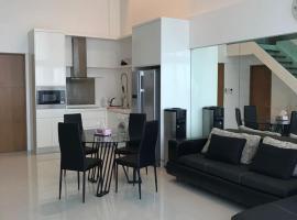 Hotel photo: Двухуровневые апартаменты The Sanctuary Wongamat Condominium