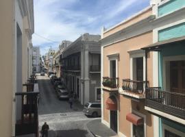 Hotel photo: Old San Juan Balcony Apartment At Fortaleza St