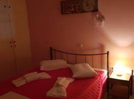 A picture of the hotel: Lazaris apartment in lefkada town