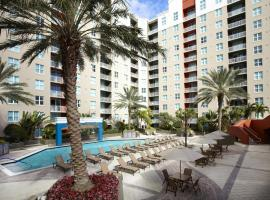 A picture of the hotel: Las Olas Furnished Rentals Fort Lauderdale