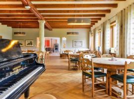 Hotel Photo: SEINZ das vegetarisch/vegane BioHotel