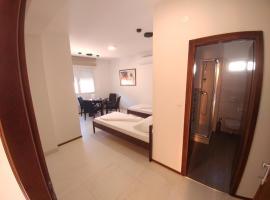 """Hotel photo: Apartmens """"Cernica"""""""