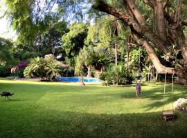 ホテル写真: Casona de Elefantes
