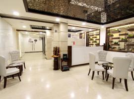 Gambaran Hotel: Usha Kiran Palace