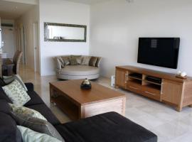 Hotel photo: Sunshine Park 8 - three bedroom penthouse