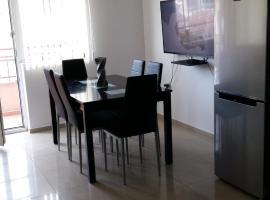 Foto di Hotel: Milen's Apartment