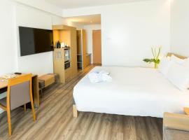 Hotel near סביליה