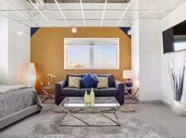 A picture of the hotel: Muse's Place Downtown Condo 1041-S