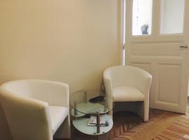 Hotel kuvat: Adrienn apartment
