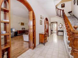 Foto di Hotel: Rustic, cozy House to share. Theoria Travel