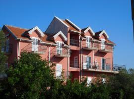 Hotel kuvat: Apartments Sunrise