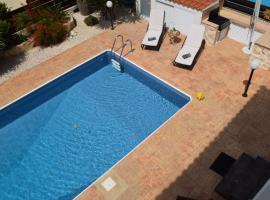 Hotel photo: Blue Palm-Trees Villa