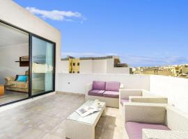 Hotel photo: Fantastic Penthouse Theoria Travel