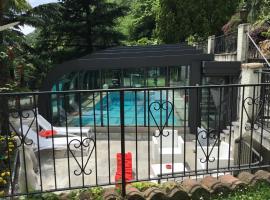 A picture of the hotel: Mon Amour appartamento in villa vista lago a Lugano-Melide