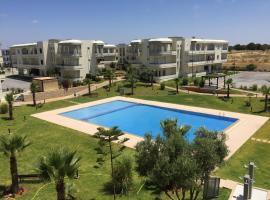 Hotel photo: Golf Bahia Beach Apartment
