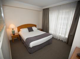 Hotel photo: Bond 512