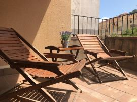 Hotel photo: Lets Holidays apartment terrace La Guardia