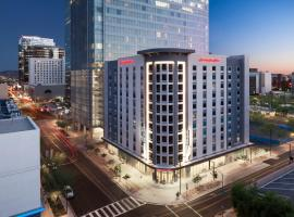 A picture of the hotel: Hampton Inn & Suites Phoenix Downtown