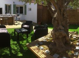 Foto do Hotel: Aux delices de l'olivier